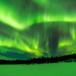 later that night all turns green and it is really a northern light night - even though new moon I can see everything!